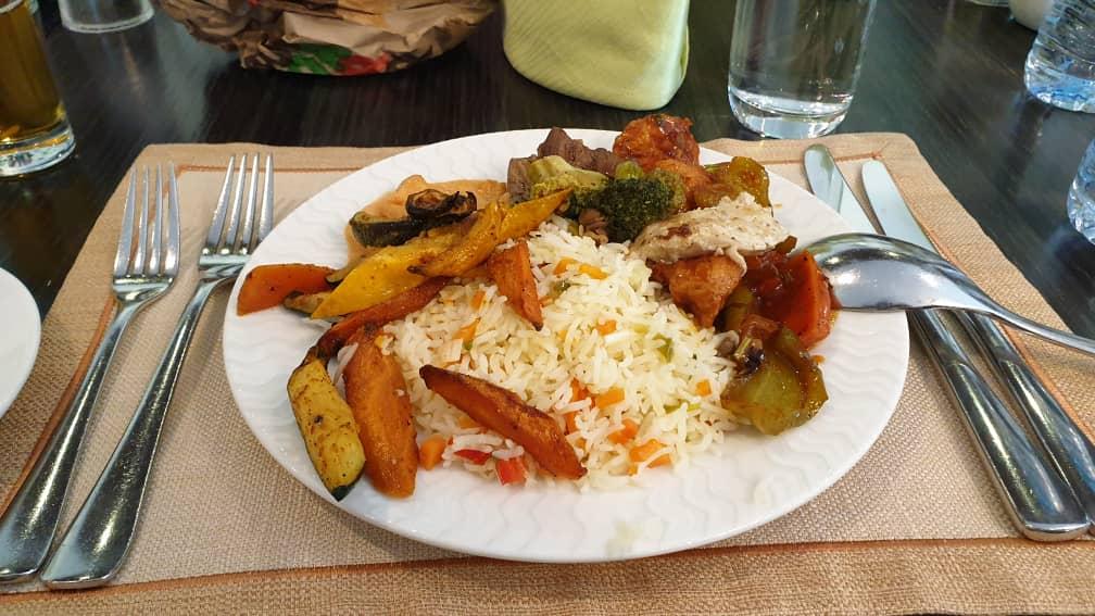 Tabiat Makan Tak Habis…